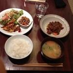 マノ ア マノ - 豚味噌定食