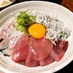 18490319 - 海鮮丼のアップ