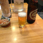18491439 - 瓶ビール、お通しつき。