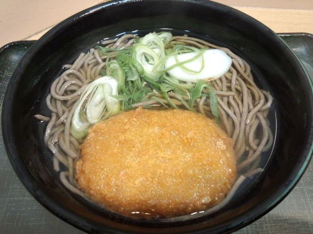 麺家 京橋東西線店 - かけそば コロッケのせ
