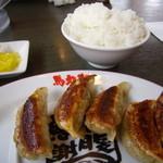 馬力軒 - 白ご飯120円+餃子200円(セットで80円引き)