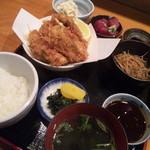 カキフライ定食(刺身付き)!1000円!
