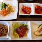 釜山道川 - 前菜(3種盛)・ナムル・キムチ