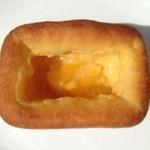 ベーカリー ソルト - クリームパン(110円)