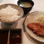 ばらえ亭 - ロースカツ定食900円