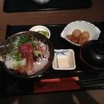 和の食 じゅあん - 海鮮丼(945円)
