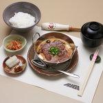 ステーキハウスRiGi - ステーキ玉子とじ鍋(ランチ)¥1,050-