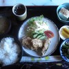 憙楽 - 料理写真:この日の日替わりランチ600円、ムロアジのフライ、手作り豆腐、おひたし、手作りたくあん、お味噌汁