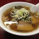 中華料理 桃園 - 角煮ラーメン