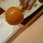 すし 神戸 ORIENTAL HOTEL - お口直しのほおずきトマト