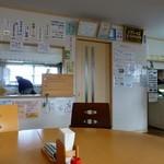 まんま - 軽食コーナーとジェラートコーナー