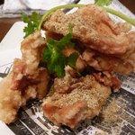 美食中華 泰山 - 鶏なんこつの唐揚げ スパイシーで美味しい♪
