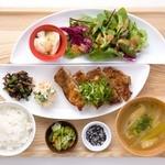 おぼんdeごはん - メインの料理は20類以上から、ご飯も3種類からお選び下さい☆