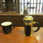 スターバックス・コーヒー - コーヒープレス 抽出中
