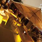 フェリア トウキョウ - 開放感溢れる4Fテラス。この季節は夜風が気持ち良い最高の空間です。