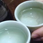 丸八寿司 - 熱燗で乾杯!