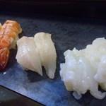 丸八寿司 - 海老、エンガワ、生蛸です