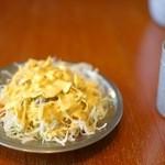 ラムじいさんのインドカレー - 日替わりランチ1番(800円)のサラダ