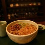 くつろぎ茶家 - なんとランチタイム(11:00~14:00)にはマスターの蕎麦・うどんが食べれます!すべて手打ちの本格派!