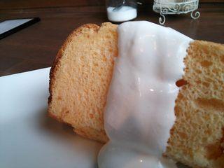cafe Shizuku - シフォンケーキ。あっぷ。