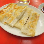 餃子の唐安楼 - 鉄板餃子