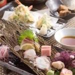 花みずき - コース料理が飲み放題付きで3000円からご用意しています。