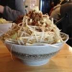 麺屋 愛0028 - 辛みそら〜麺(麺増し、野菜増し、背脂増し、味玉子)