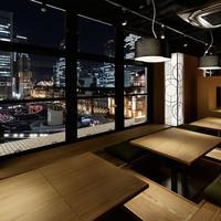 菜な - 東京駅の夜景・昼間の景観を眺められるお席です。