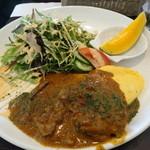 洋食ワタナベ - ポークカレーシチューとオムレツ