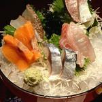 18563097 - 「鮮魚 5点刺身」 819円