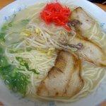なべさんラーメン - ラーメン700円はカツオやイリコ、昆布の利いたヘルシーなスープ
