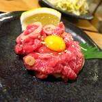 車橋もつ肉店 - 炙り塩ユッケ風ロースト450円