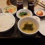 18564909 - セットのご飯・スープ・漬物