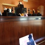 ログキッチン ヴァレ・ノワール - リトルジャマーが毎正時に演奏してくれます
