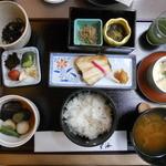 18571297 - 朝食はホテル1階の「雲海」で和食です