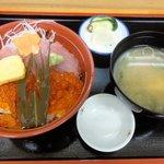 りきさん亭 - まぐろイクラ丼