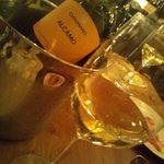 ピッツェリアバール ドォーロ - 白ワイン アルカモ3600円