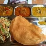 インディアンレストラン ザラ - ランチビュッフェ 880円