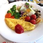 ラマダホテル大阪 - (朝食)目の前で焼いてくださるオムレツが美味。