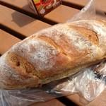 欧風パンカドー - くるみパン ¥116