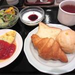 18589473 - (朝食)洋バージョン、食べ過ぎ^^;