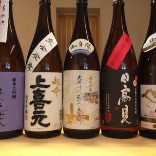 鮨も日本酒も、ご来店の度に新たな出会いをお楽しみいただけます