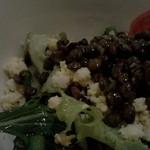 イヴ テラス - サラダのアップ