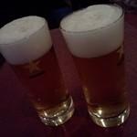 イヴ テラス - ビールで乾杯