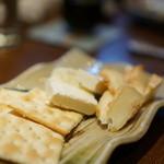 おおはま - クリームチーズの粕漬け&カマンベールの味噌漬け