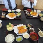 海産物 えんがん - メタボのお腹をパチリ