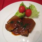 グラナダ - ラム肉のトマトソース煮込み