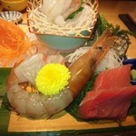 日本大漁物語 きじま - 刺身盛り合わせ