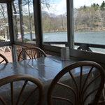 レストラン湖水 -