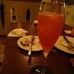 東・西 - ウォッカ→甘い柑橘系カクテルに志手もらいました♪